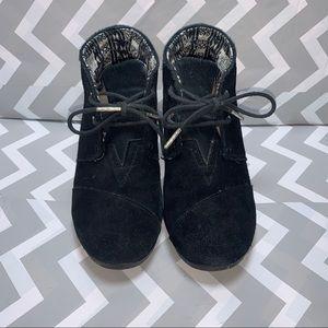 8W TOMS Kala Black Wedge Bootie Heels